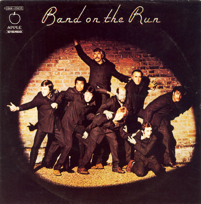 paul-mccartney-and-wings-band-on-the-run-apple-4
