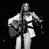 Joni Mitchell on stage August 1974